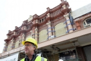 <h5>Neil Cox and the Theatre Facade</h5><p>December 2012</p>